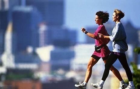 經絡通暢腿腳好,步行運動對身體的好處