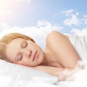 艾灸這個穴位改善睡眠質量