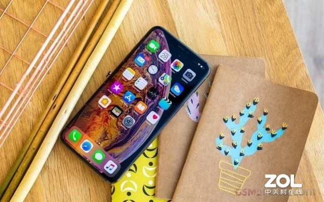 屏下摄像要来?iPhone或将抛弃刘海屏,实现真正全面屏-智能家庭
