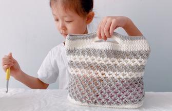 七宝针法编织干净清爽镂空花纹手提包