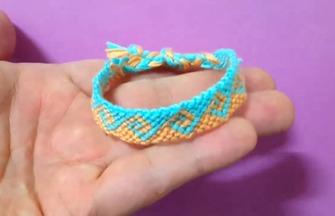 手工绳编教程,双色手镯的编制方法