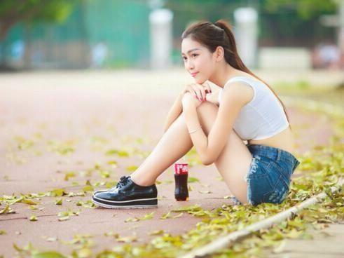 为什么很多女生进入高中后成绩越来越差,是她们不努力吗?