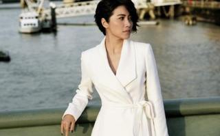她被倪萍誇是中國最好女演員,8奪影后卻無戲可演,47歲仍單身